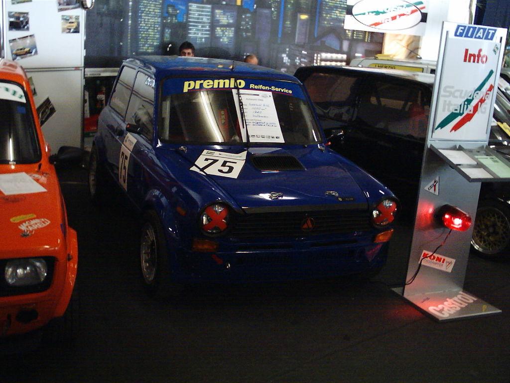 SIC IG | Autoworld 2005